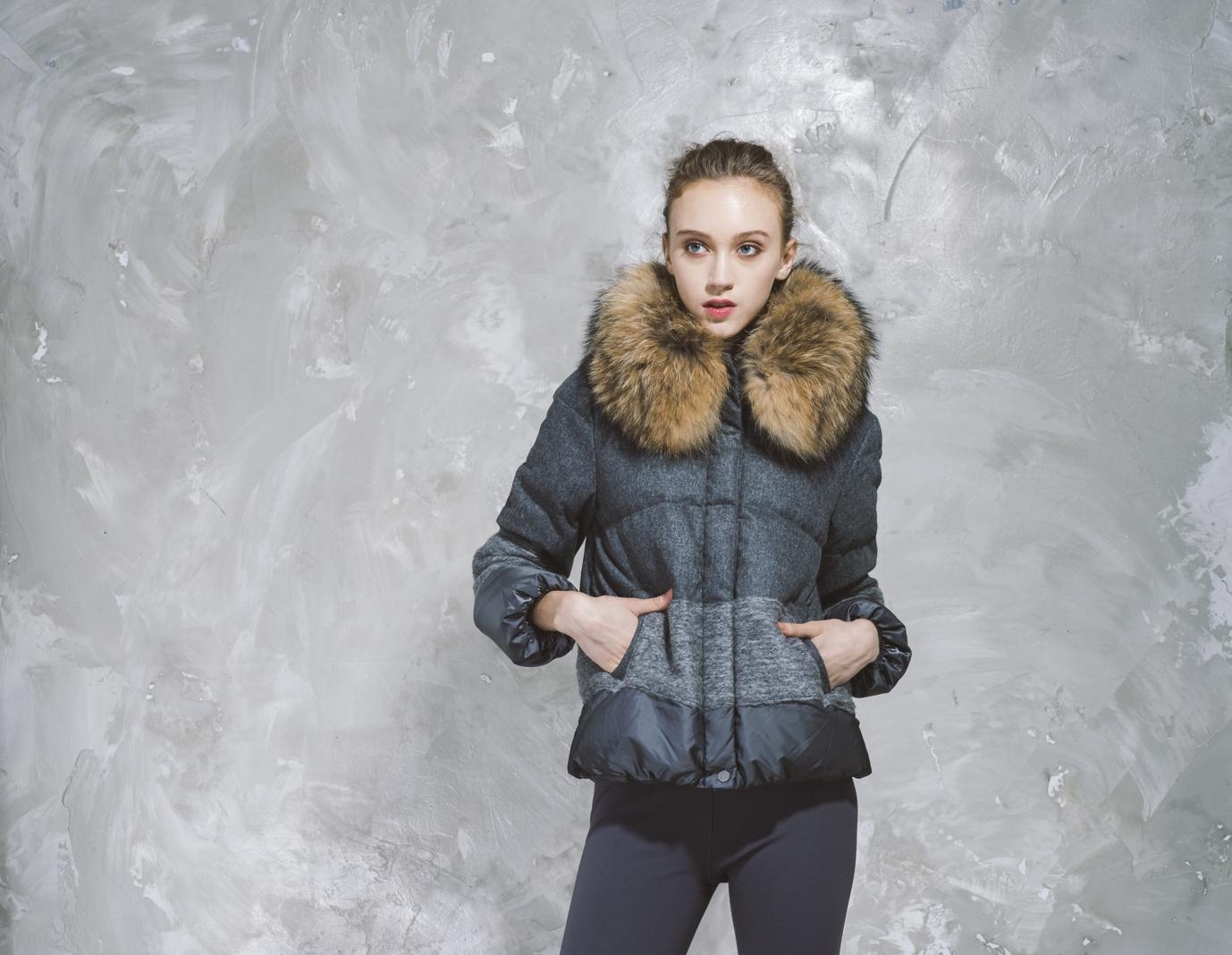 Short Puffer Jacket - Faux Fur Hood - Slate Grey