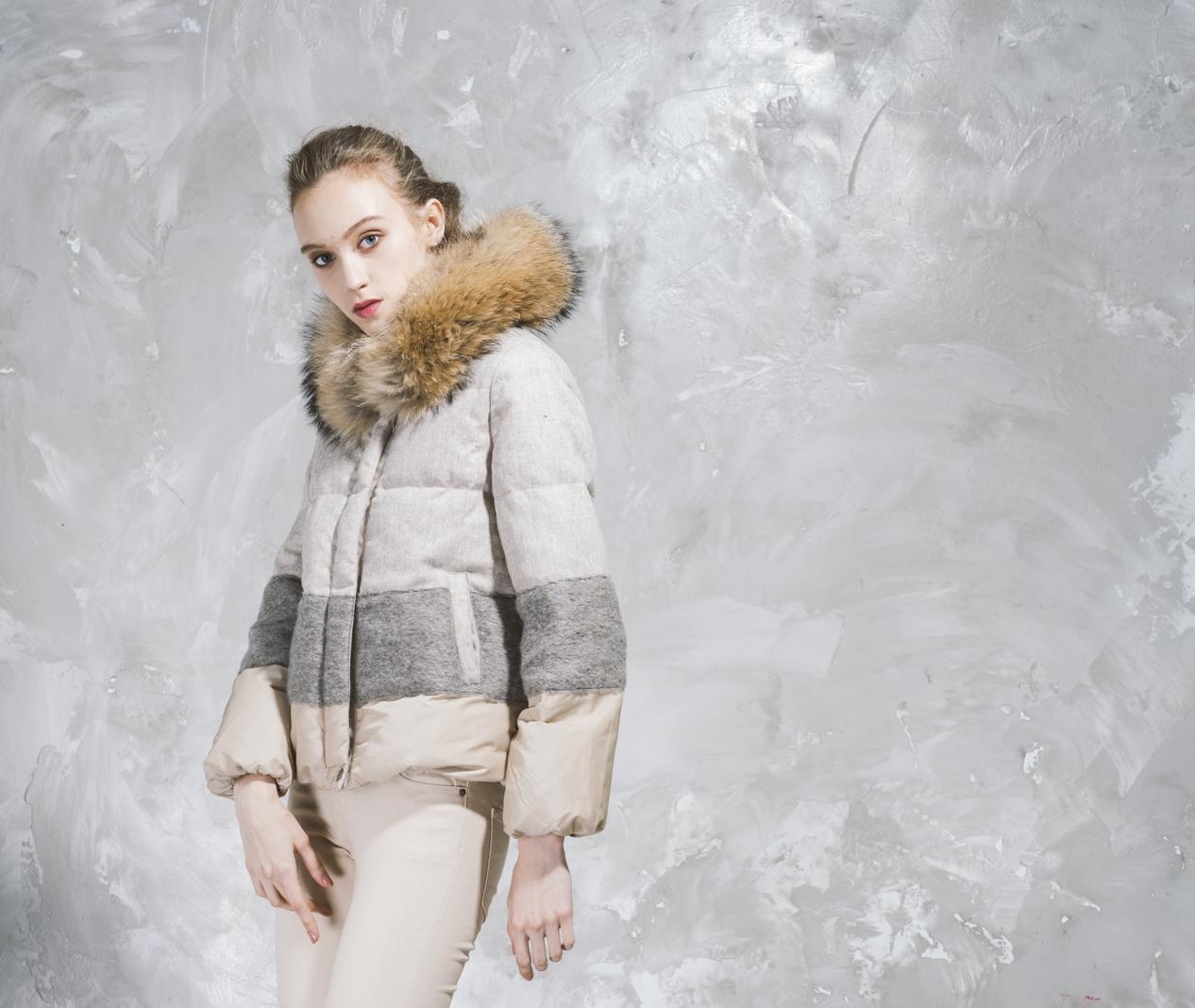 Short Puffer Jacket - Faux Fur Hood - Sandy Brown