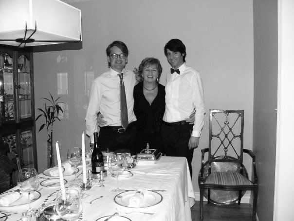 My first Christmas with Stuart's Family in Canada (2008). Not a detail was left undone in my mother-in-law Gayle's house!