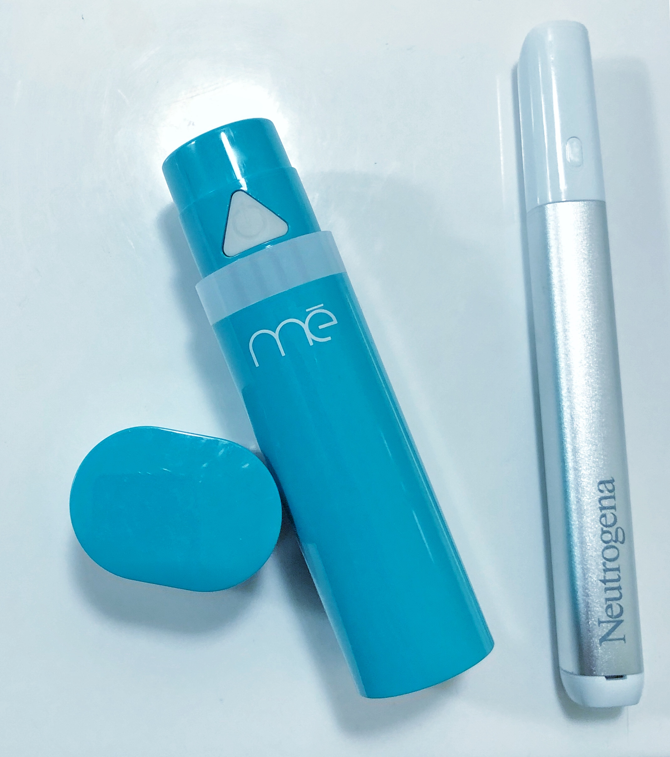 I go between the ME Clear and Neutrogena Light Therapy Pen for pimple spot treatment!