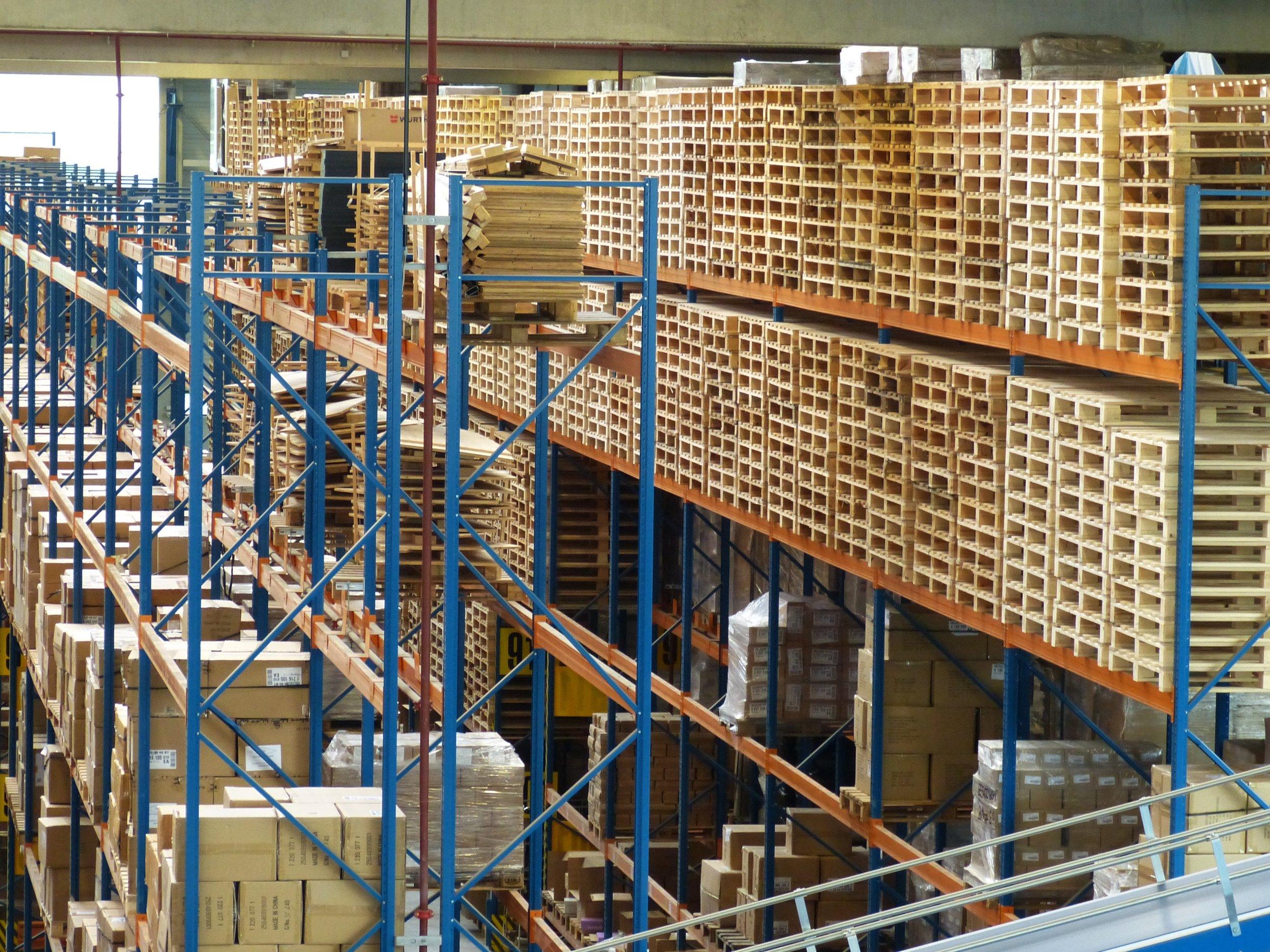 logistics-852937.jpg