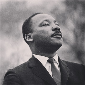 Fifty years after Martin Luther King's assassination, we are reminded every day that we, as society and individuals, must still educate and mobilize for equitable treatment in all aspects of life, regardless of skin colour, gender or religion. At the Yellow Toucan, we believe that opening our children's eyes to the beauty of diversity is one step towards growing the next generation of critical thinkers and world changers #theyellowtoucan #martinlutherking #linkinbio