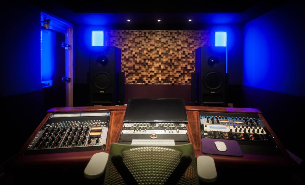 desk1000.jpg