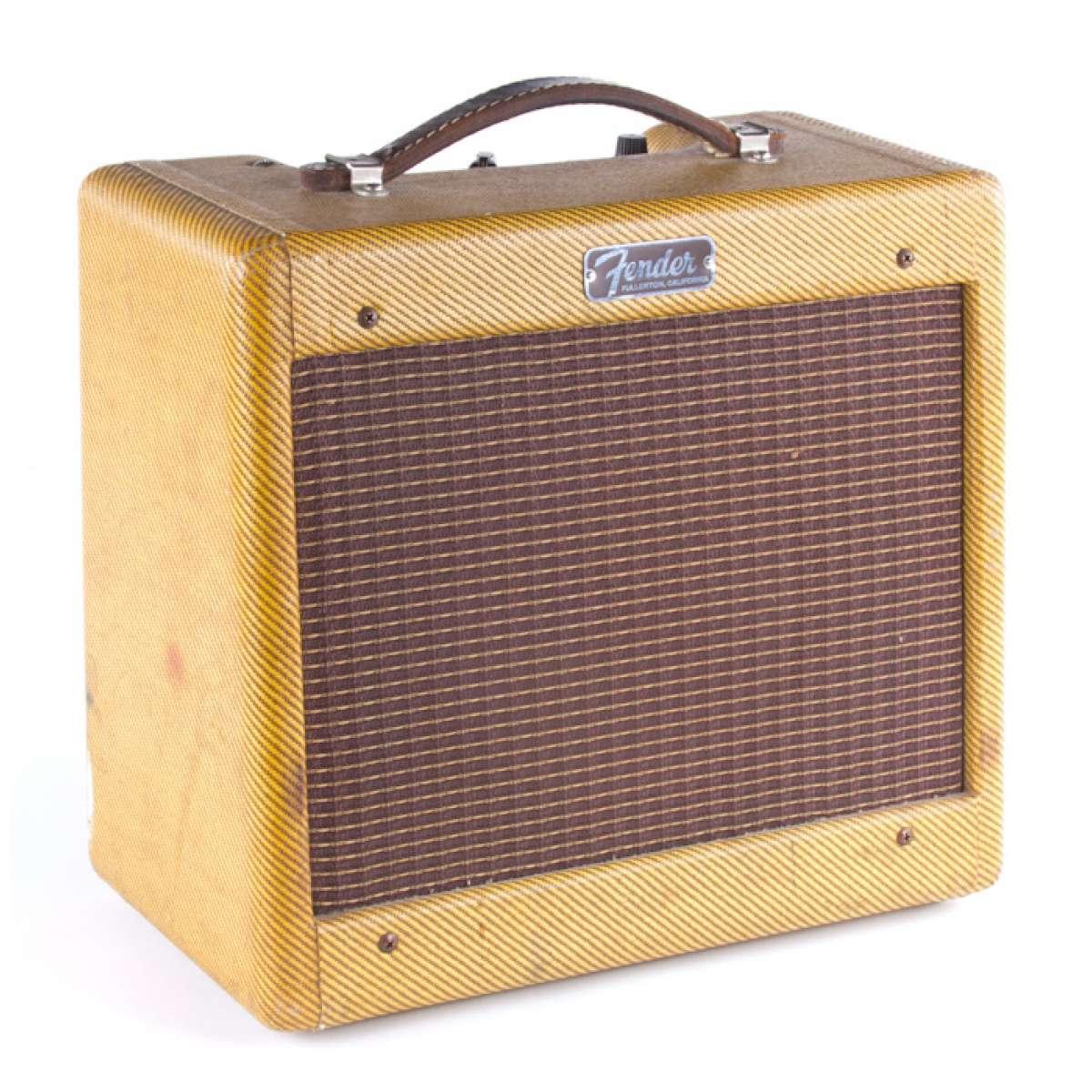 1959_fender_champ_tweed_amplifier_11476.jpg