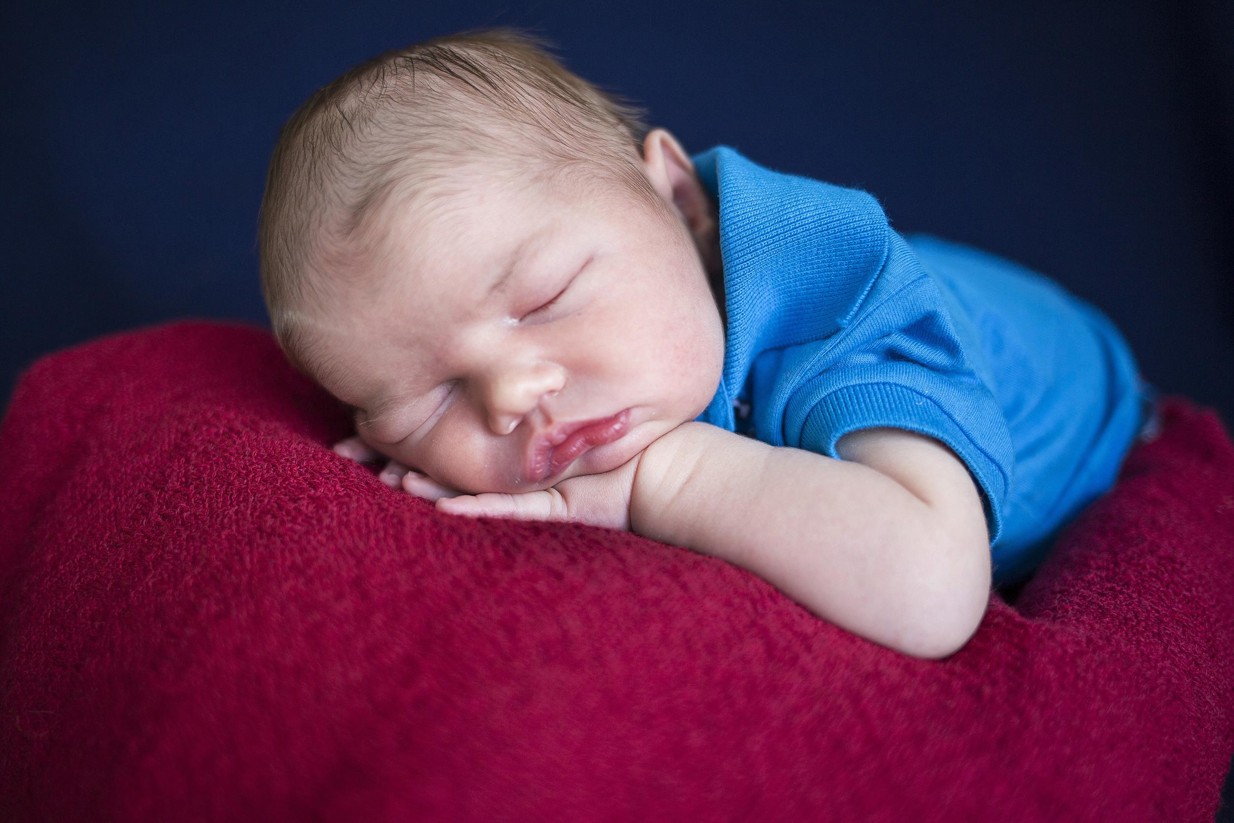 sam-jen-newborn_0071.jpg