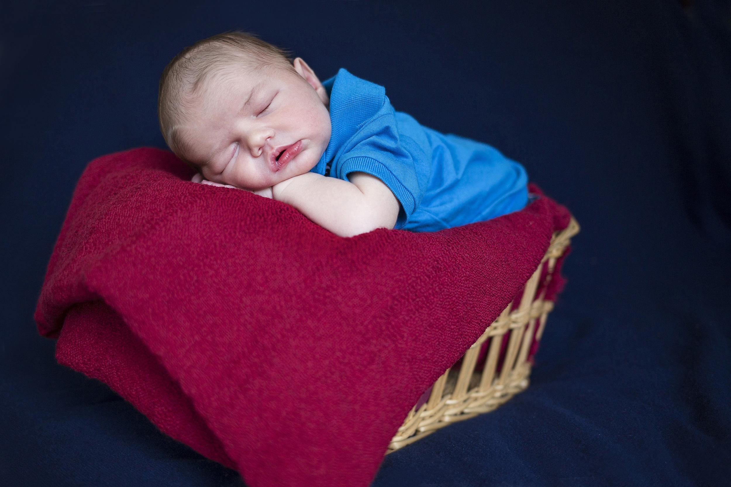 sam-jen-newborn_0077.jpg
