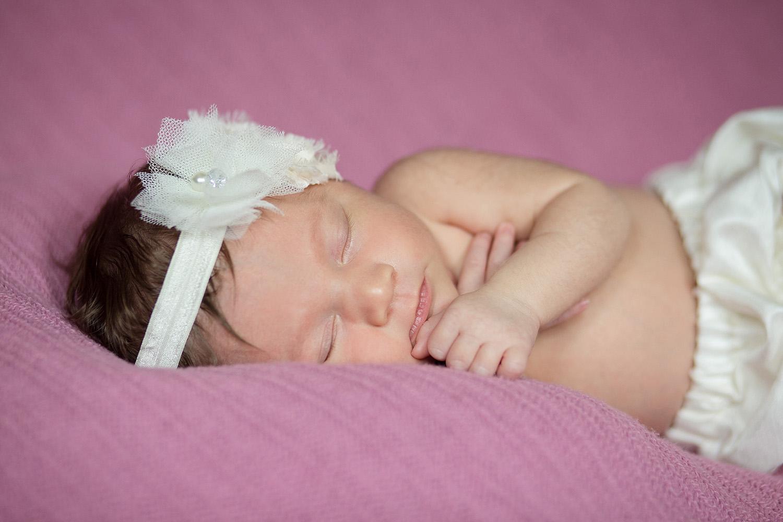jenn-clark-newborn_0035.jpg