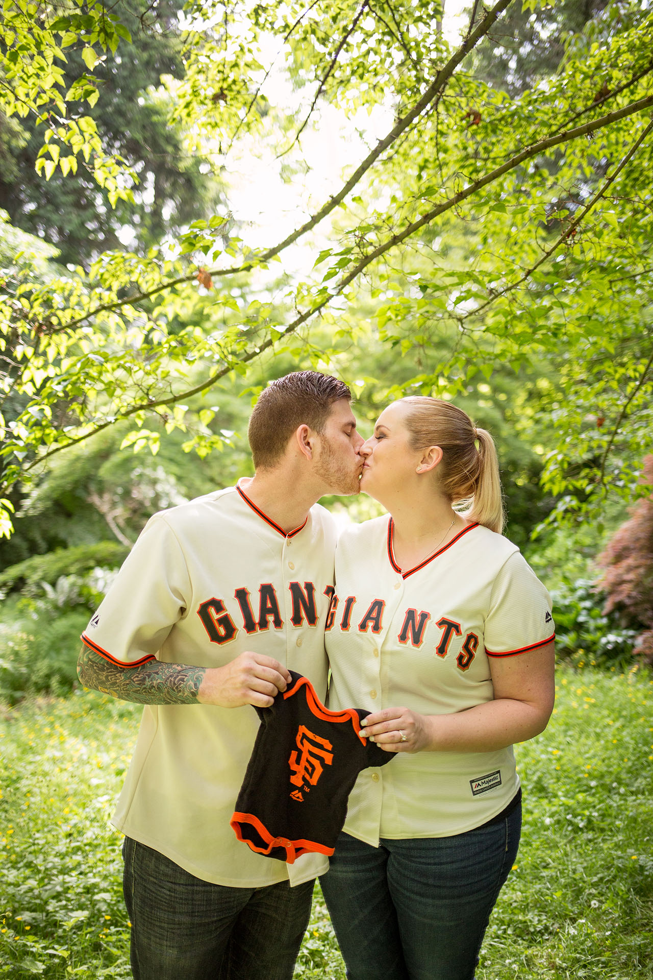 Seattle pregnancy and maternity photographers Entwined Portraits