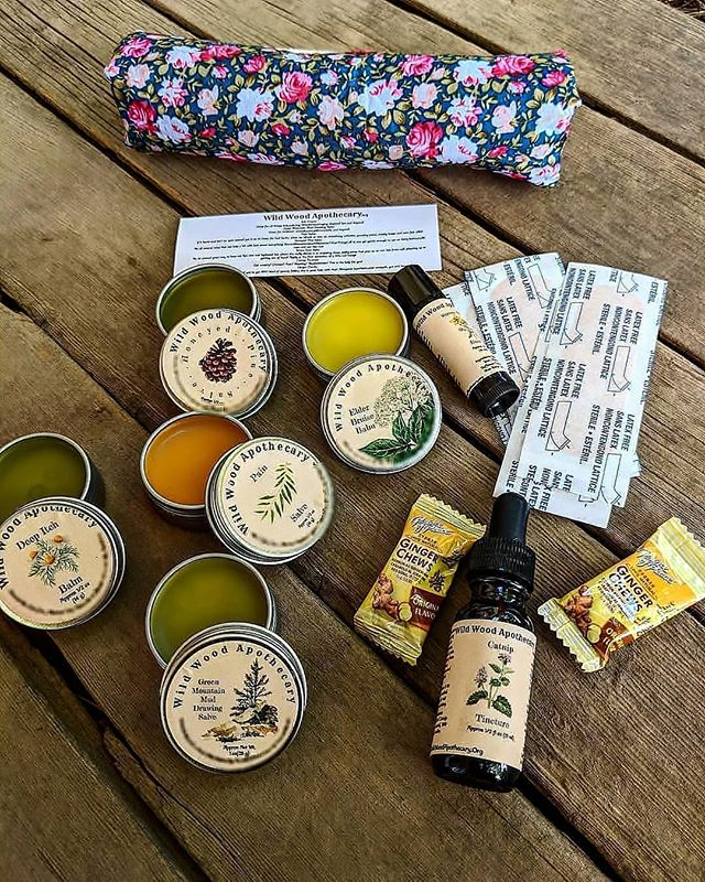 First ๑  Aid ๑  Kit • An easy way to sample 7 of my healing offerings at once! • ☀Pain salve for our aches & pains throughout the day! . • This is lady is great for helping our bodies cope with soreness brought on by old injuries, aching bones, cramping muscles & more! . • 🌿Honeyed pine salve for scrapes, lips, cuts & baby butts! . • She's also great for soothing angry skin, supporting our bodies ability to handle nasty wounds, all while being gentle enough to melt away the sting of rashes in delicate places! • ☀Green mountain mud drawing salve for when you need to pull things up & out! . • 🌿She can help our bodies natural ability push out splinters, ingrown hairs,nails just about anything foreign that's not supposed to be existing under your skin! . • ☀Itch balm for bug bites & it's great for burns too! • On a real level she is amazing at soothing some pretty angry skin rather you've got a bug bite or an itchy situation down below! • 🌿Elder bruise balm~ Just like her name says she's all about fading the appearance of bruises! • Seriously if you're the type to bruise easily she's gana be your best friend! • ☀Saint John's lip balm for those of us who get those often stress induced sores on our lip! • I'm talking serious here if you suffer from cold sores this little balm would love to support your natural immune functions in straight up repressing the pesky virus that causes said sores! • 🌿Mini 15ml#catnip tincture to help settle us down when we're in a panicked state, to gently soothe cramping, to melt away the discomforts of the day & calm down churning stomachs! • So ya know when you're about to have a full on melt down this lady can calm you the hell down & help us cope with physical symptoms of freaking out such as shitting ourselves or vomiting! • ☀There's also ginger candies& bandaids all held in a floral cotton zip up pouch! • If you feel like this little kit would be a great addition to your life she will be available in this months update!! (🔜Jul.28th📅9am⏰P