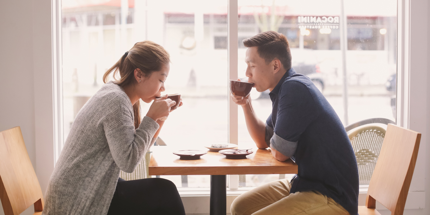 couple-drinking-coffee-engagement-photoshoot-steveston-richmond-cafe-rocanini