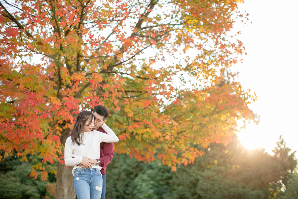 engagement-shoot-venues-vancouver-stanley-park-fall-season