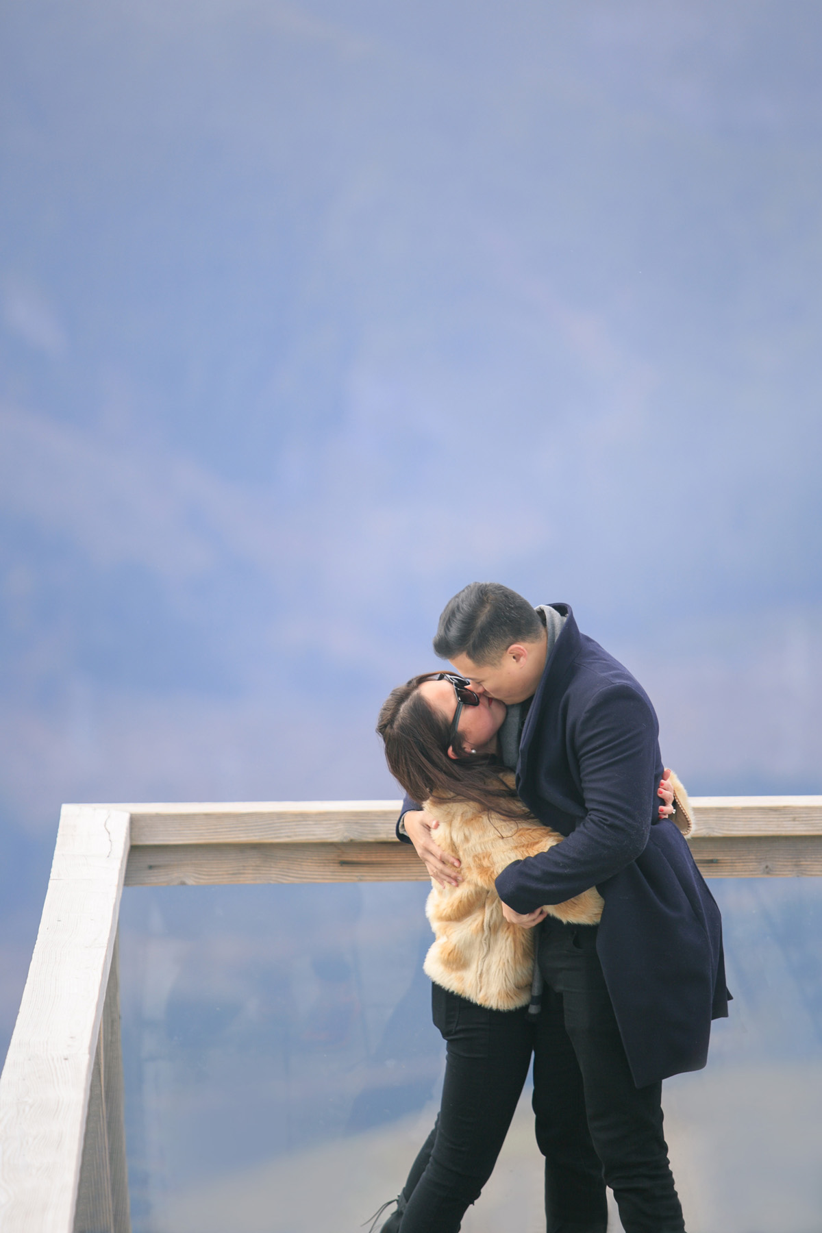 wedding-proposal-sea-to-sky-squamish-kiss.jpg