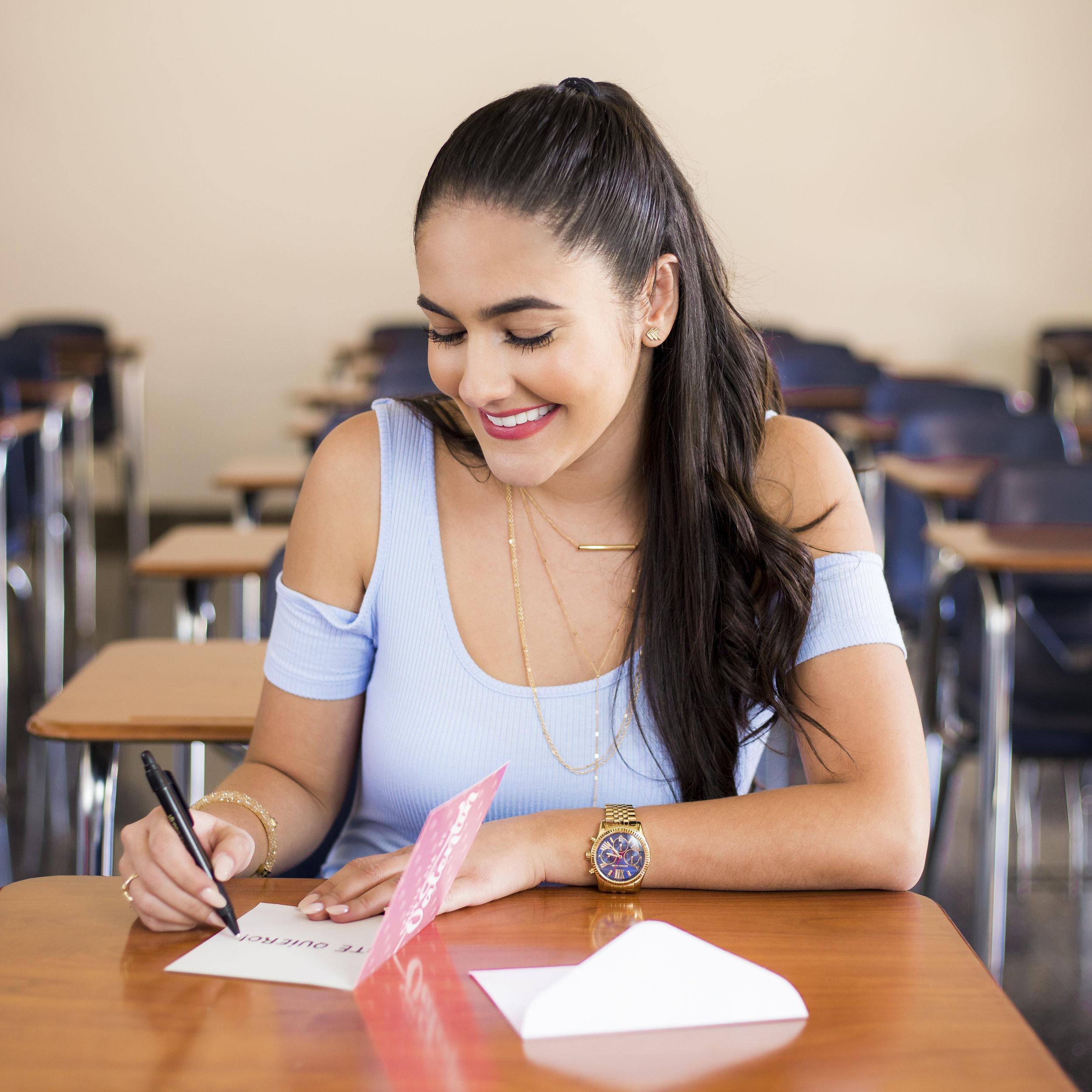 SWIPE INTERACTIVO - ¿A quién le escribirás una carta? 1.jpg