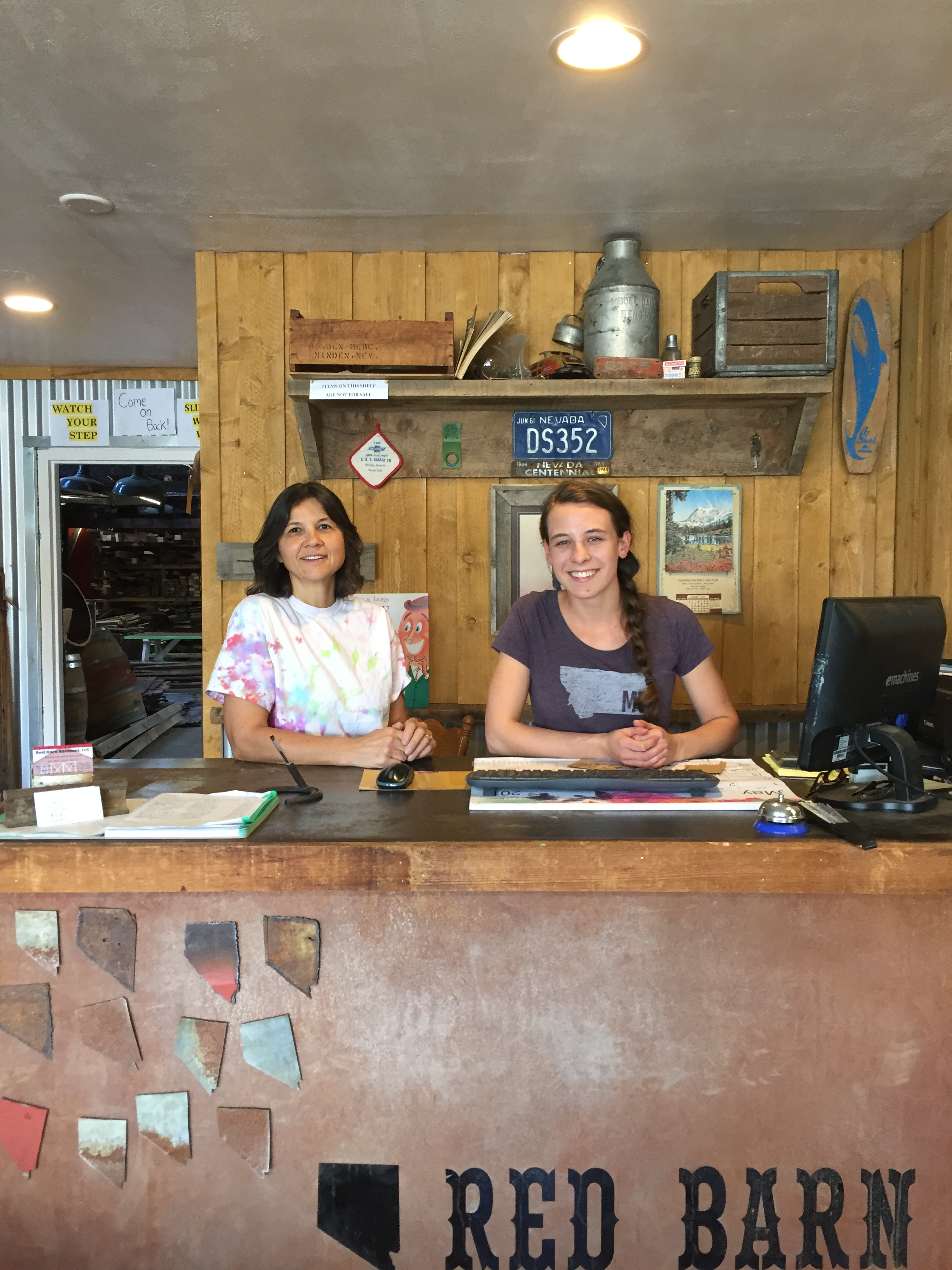 CINDY AND HALEY SIMPSON WORKING AT THE FRONT DESK