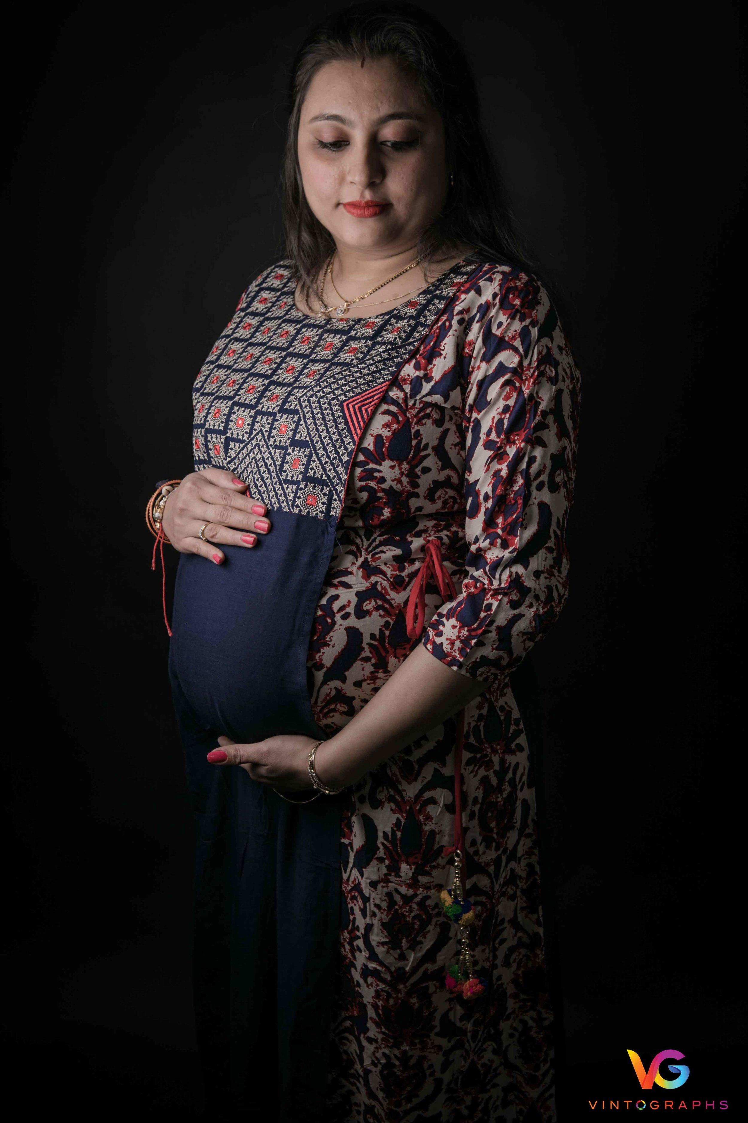 Parita-Pregnancy-Shoot-LowRes-27.jpg