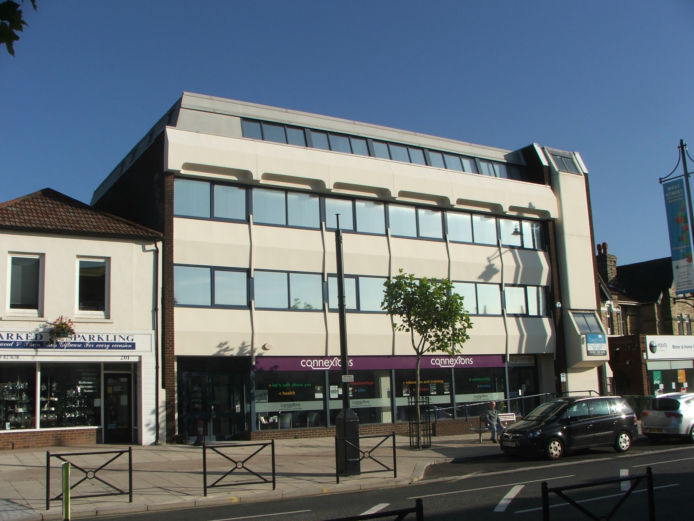 Thackeray House, Fareham – Offices and Retail