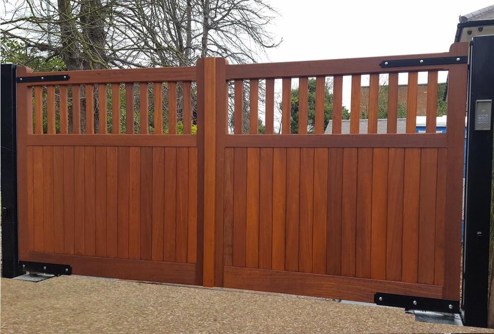 Copper Bay on an Iroko Gate