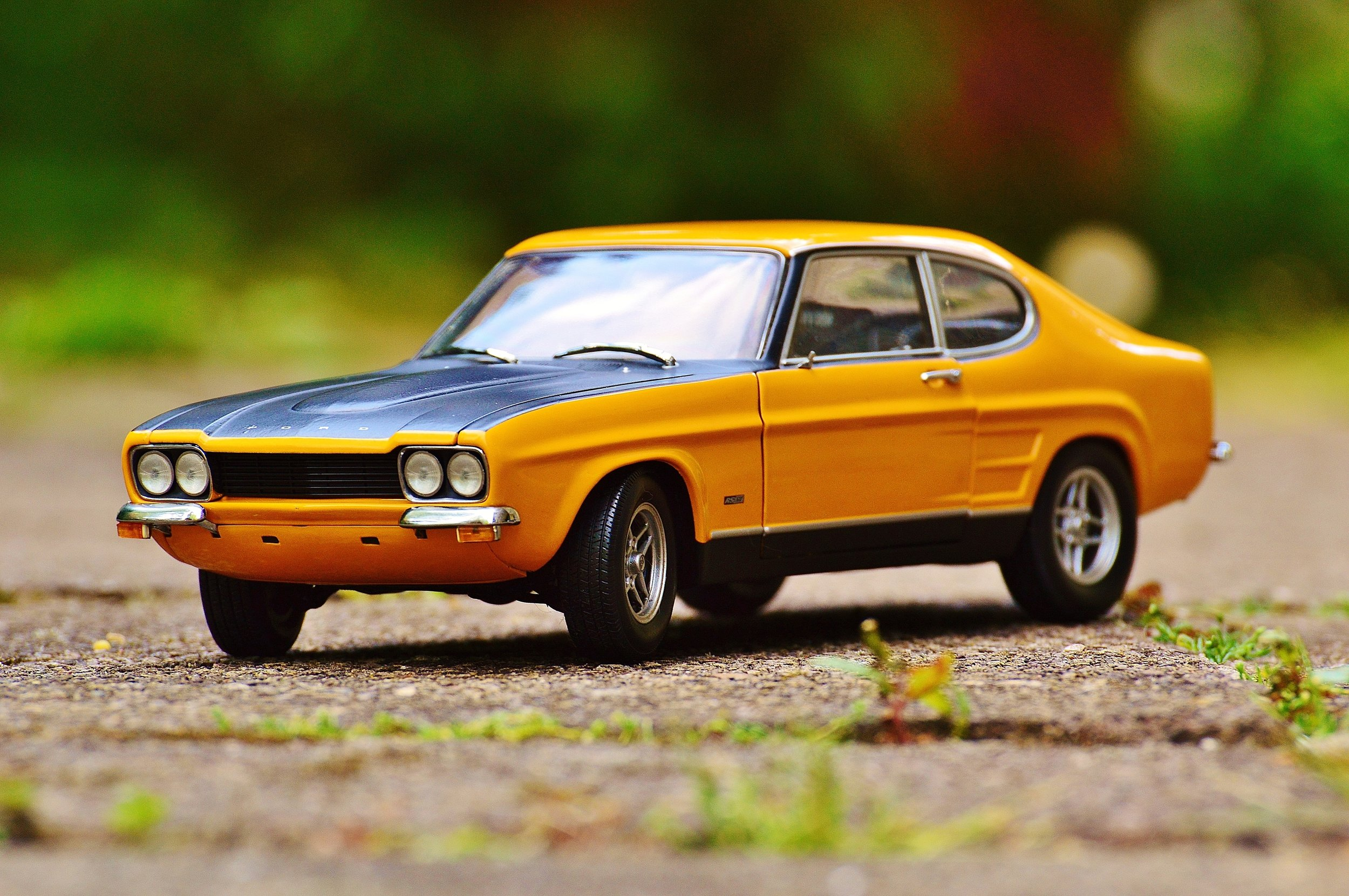 capri-ford-oldtimer-automotive.jpg