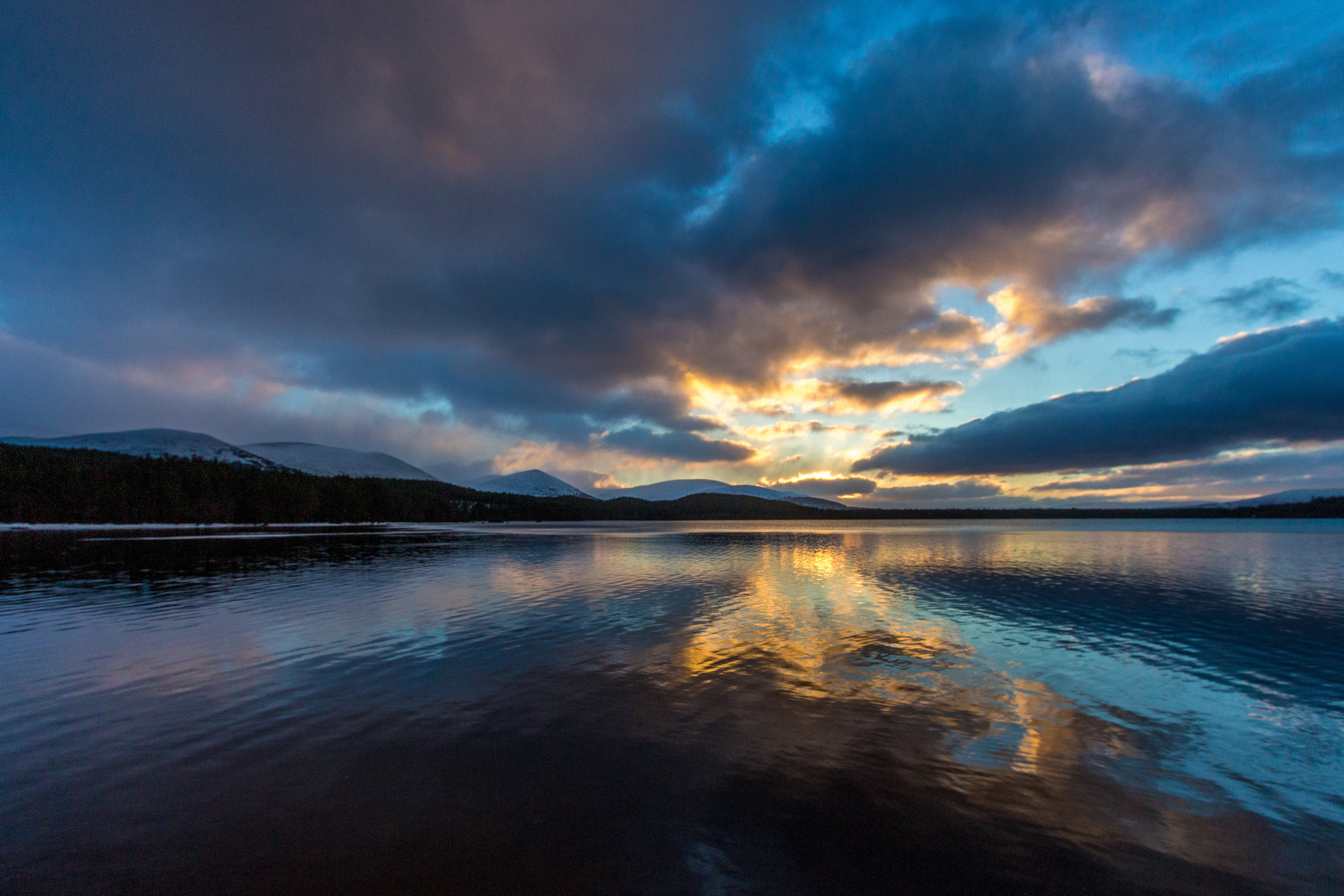Sunset over Loch Morlich and on our adventure