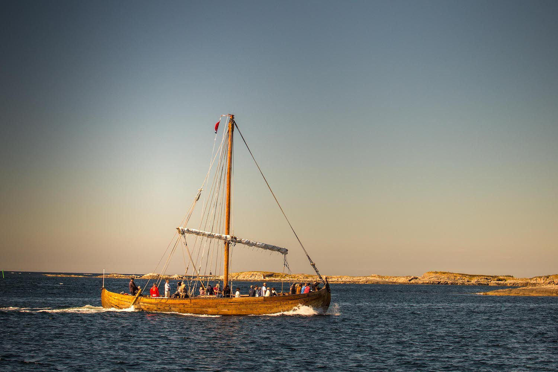 Adventure sailing cruising guide, Halholmen