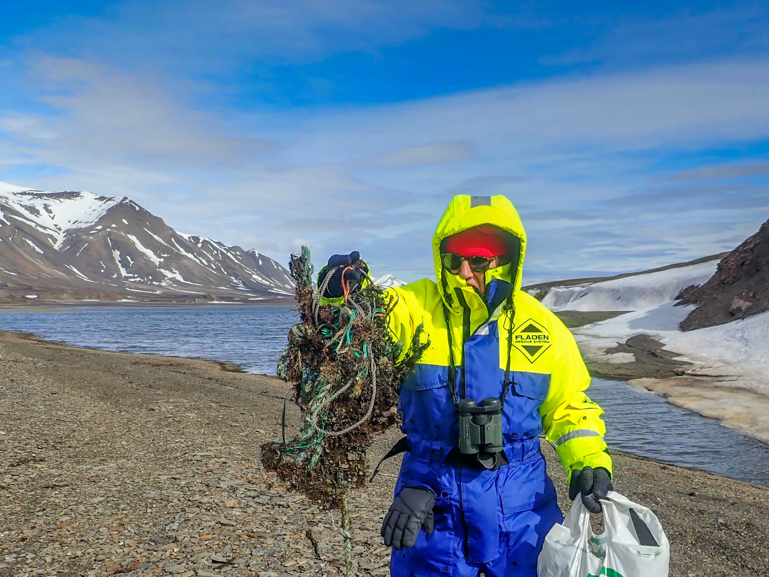 Removing plastic pollution from remote arctic beaches
