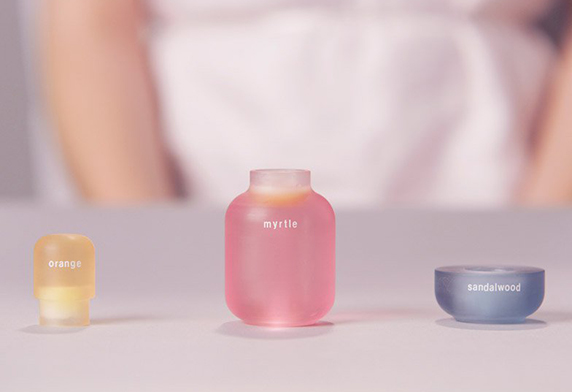 FF-2-Theme-Scent-in-Products-Excite-Scent-Palette-Kyugum-Hwang-RCA-Dezeen-Photo-2.jpg