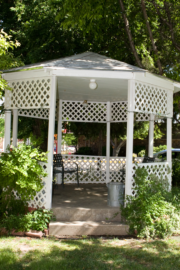 Gazebo summer.png
