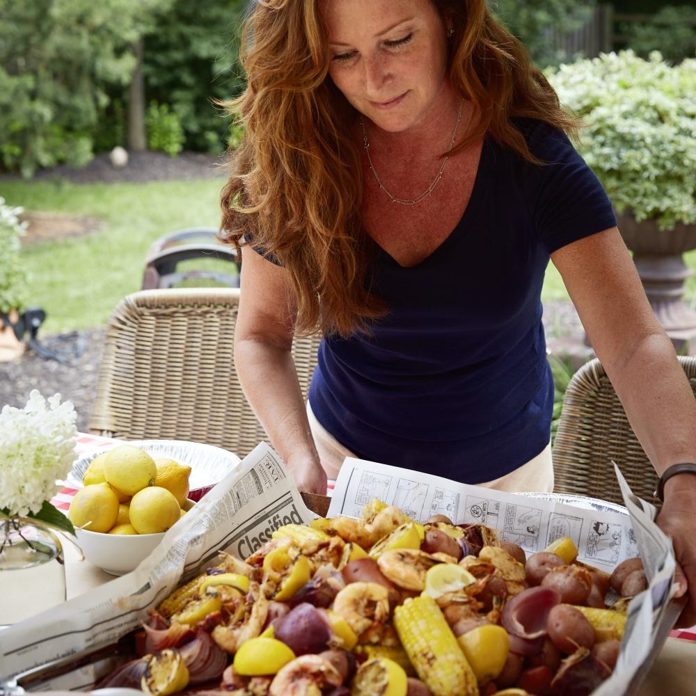 Lauren Lane serving the shrimp boil!