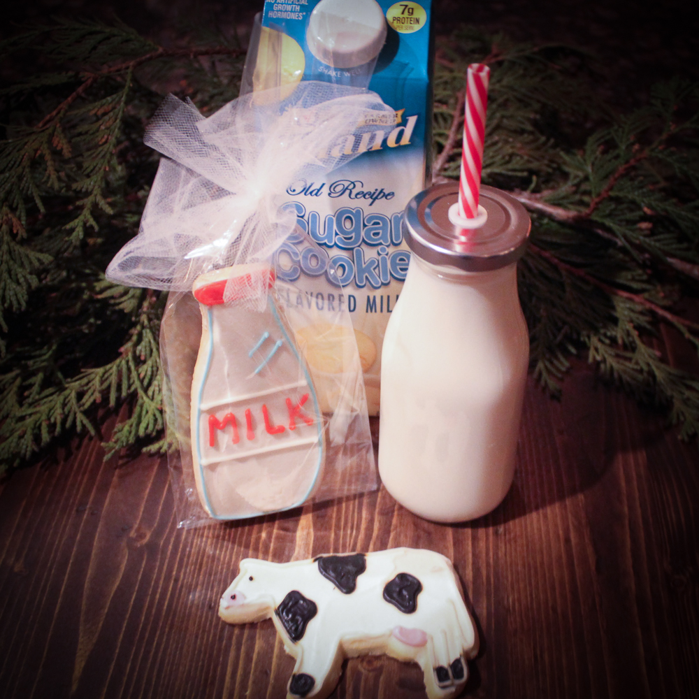 Midwest Dairy cookies and milk