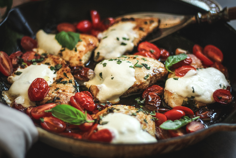 caprese chicken cast iron