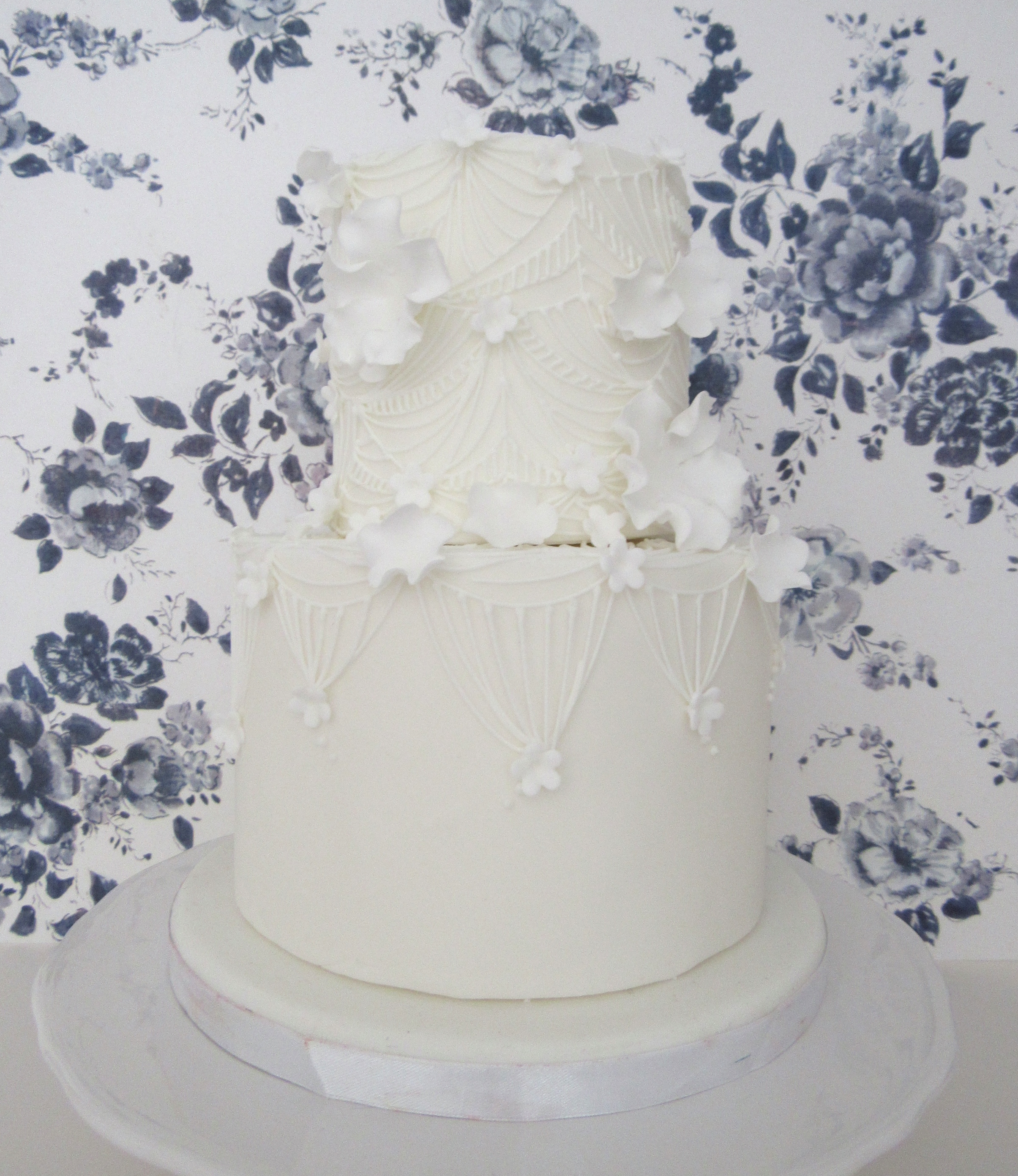 Geometric Lace Floral White Wedding Cake