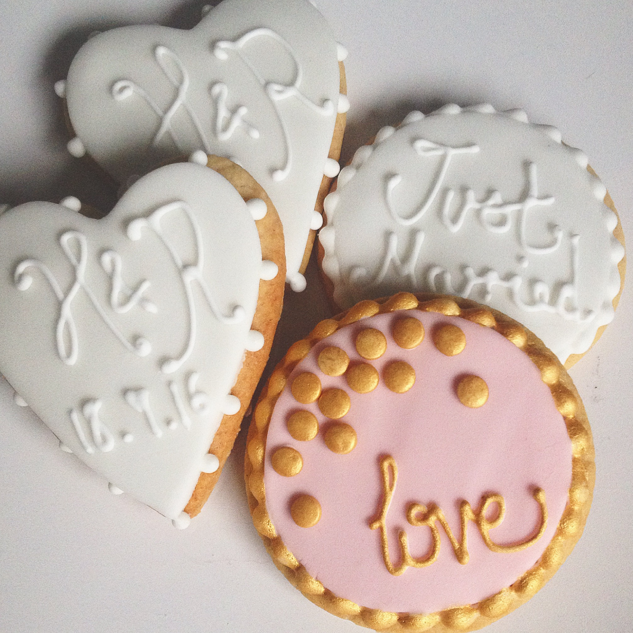 Iced Biscuit Favours - Assorted