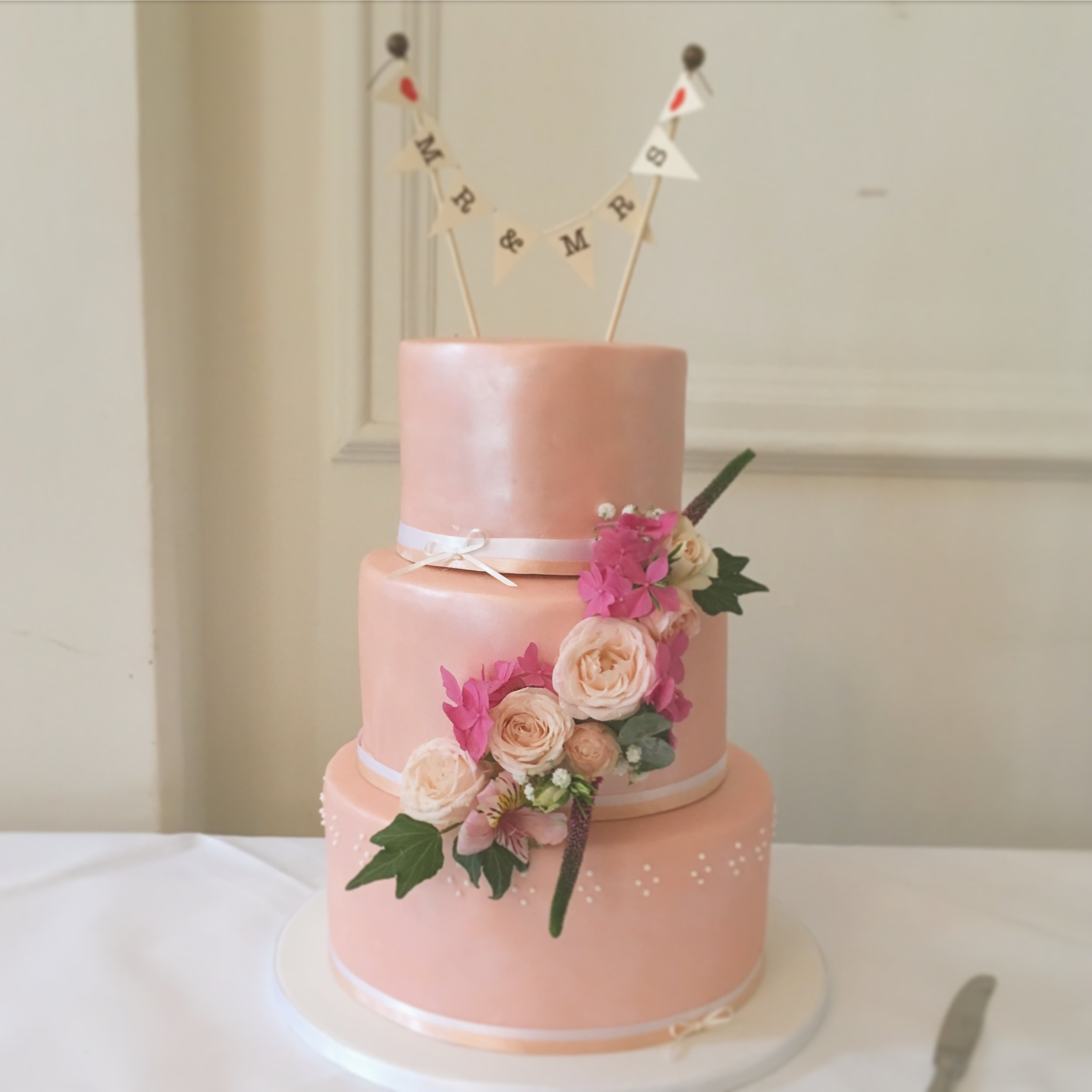 Peach Shine Wedding Cake