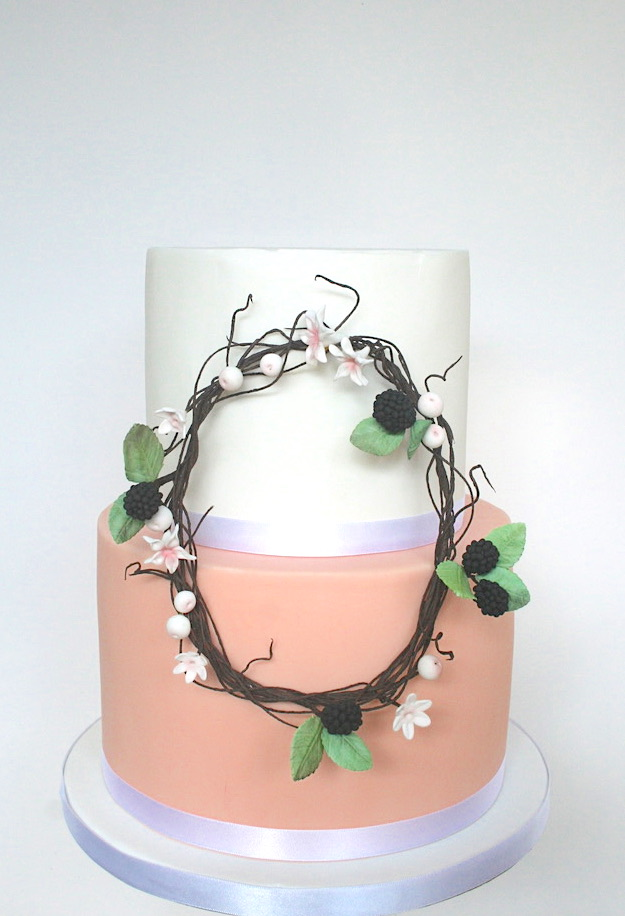 2 tier twine wedding cake