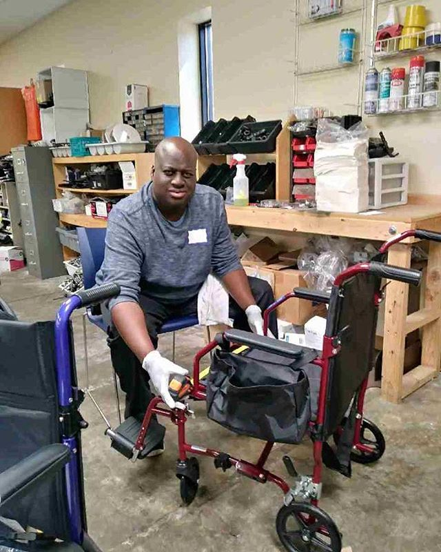 Bobby volunteering at @fodacorg! One of our weekly events. #ddawareness19. . . . . . #anotherchance #acrsi #dayprogram #disabilityawareness #disabilityadvocate #disabilitysupport #dsplife #cnalife #supportedemployment #decaturga #caregivers #friendsofdisabledadultsandchildren