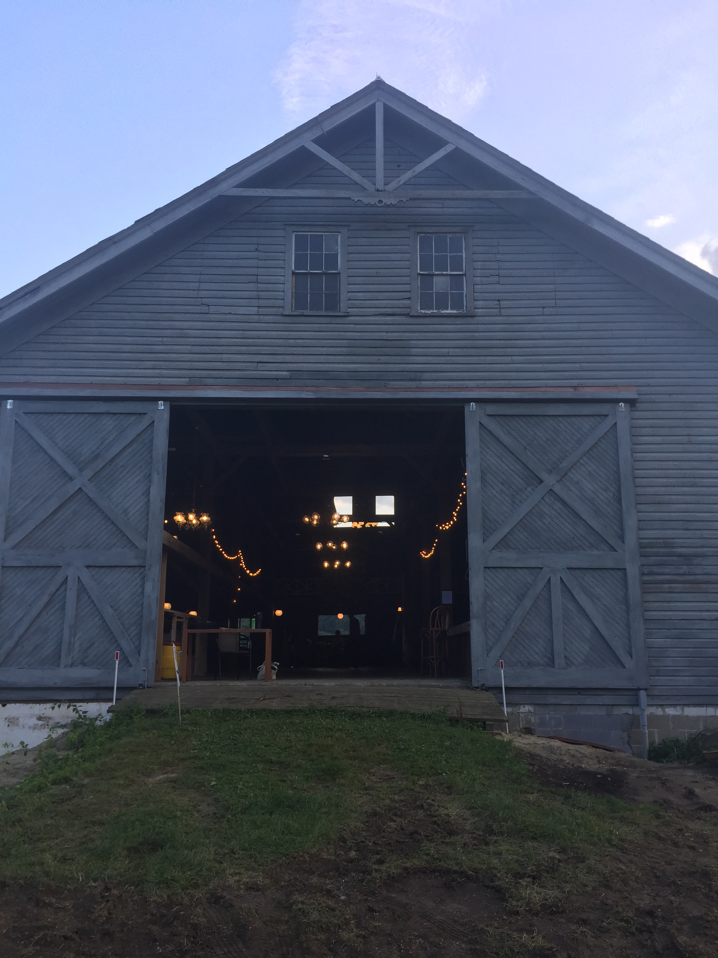 Square-dance barn