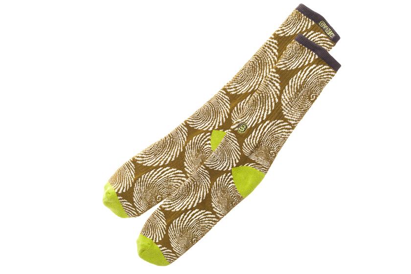 SYNC_socks_02.png