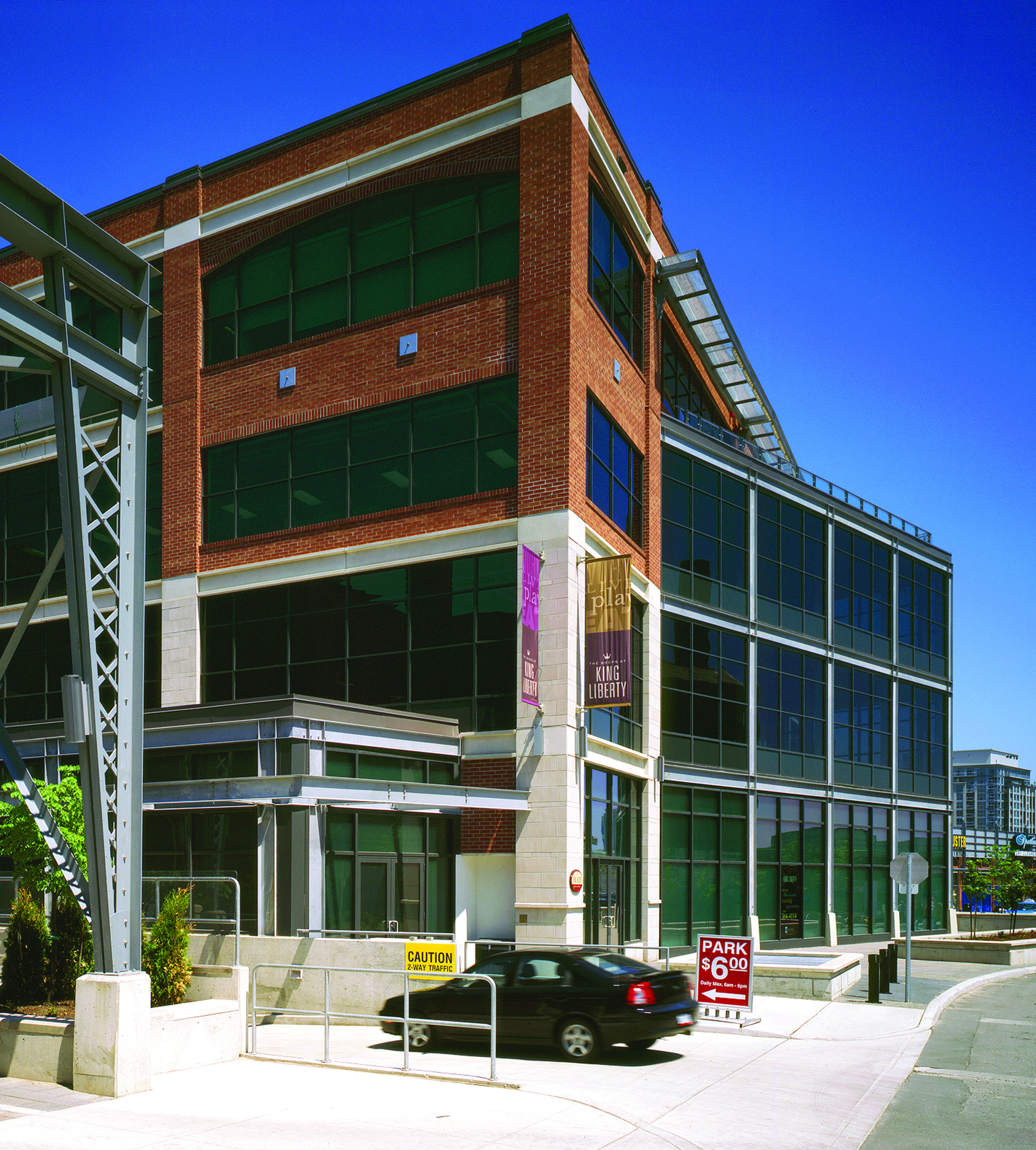 85 Hanna Ave., Liberty Village, Toronto ,ON  Completion  Toronto, Ontario  IBI GROUP Inc.