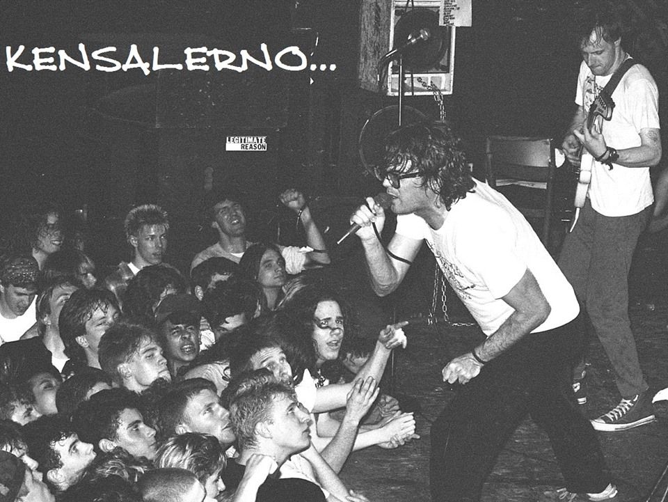 Descendents    at City Gardens. Photo by    Ken Salerno