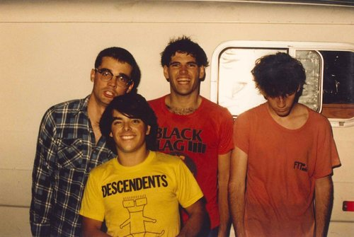 Descendents    and their aforementioned death van outside City Gardens. Photo by    Ron Gregorio