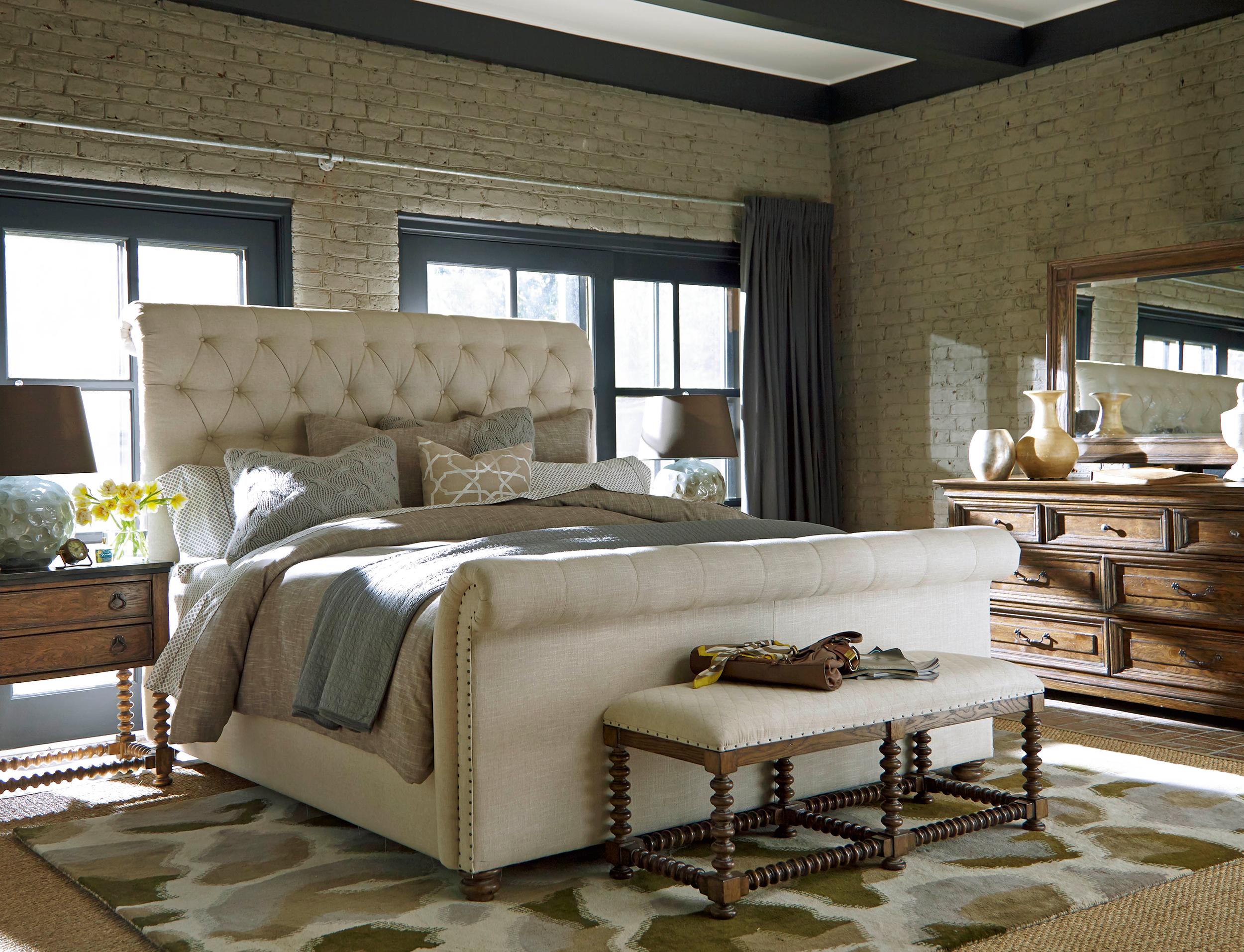 Universal-bedroom-(2).jpg