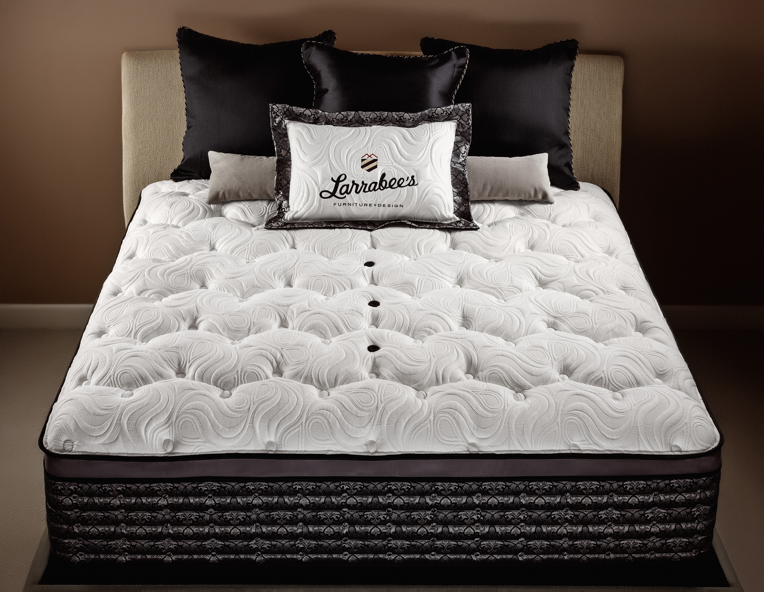 Larrabees_Select_Mattress-(2).jpg