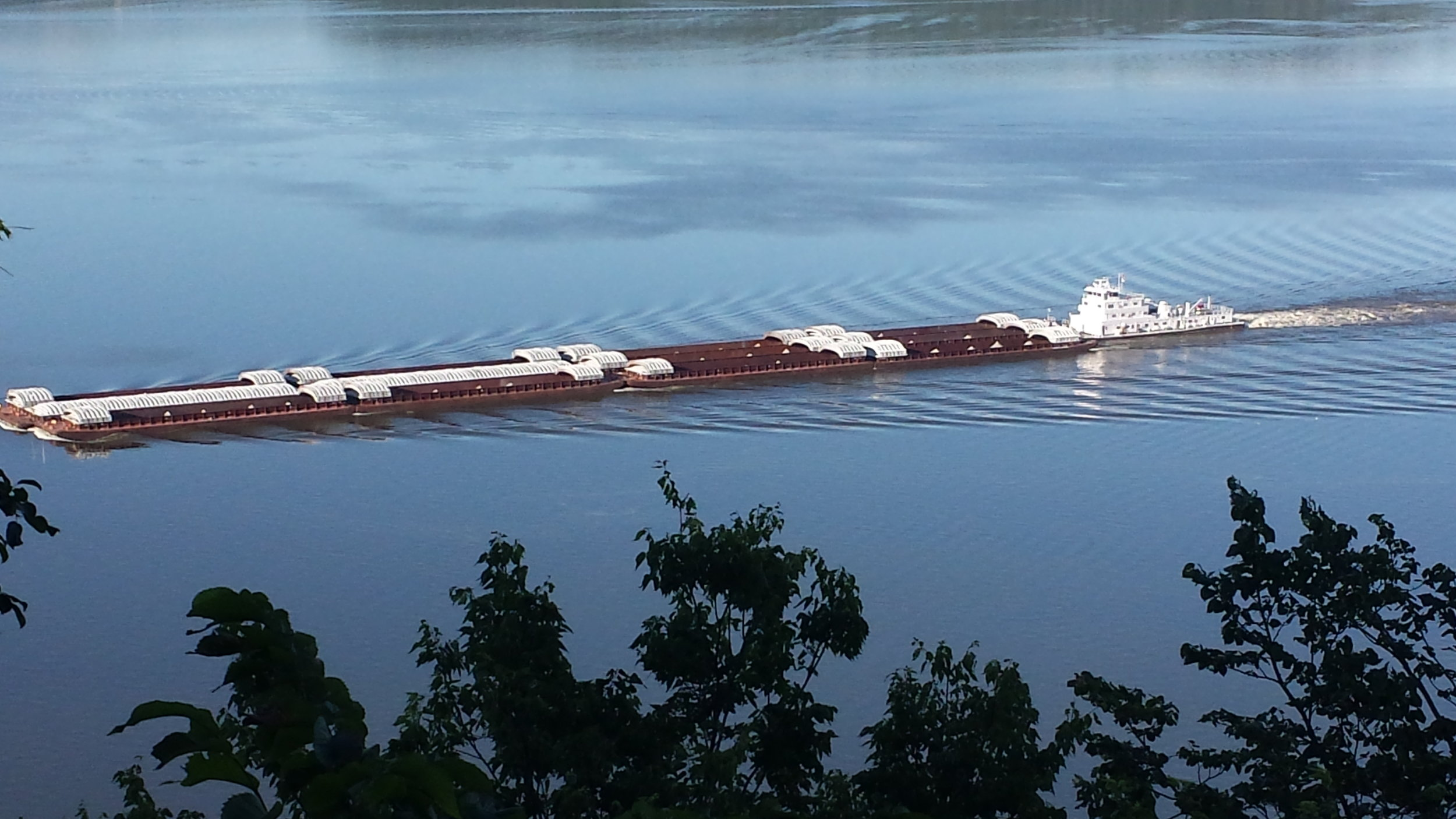 Barge on Lake Pepin, Pool 4 - Photo by Becky Schultz