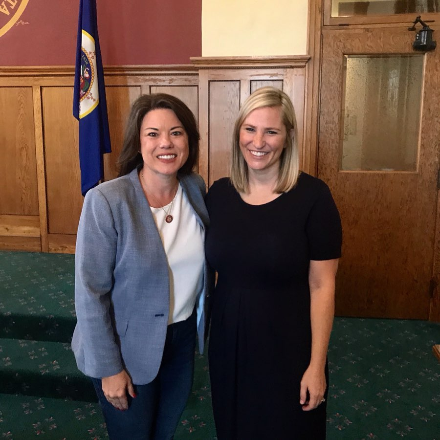 LPLA Executive Director, Rylee Main, spoke with U.S. Representative Angie Craig about Lake Pepin sedimentation and upstream mitigation efforts.