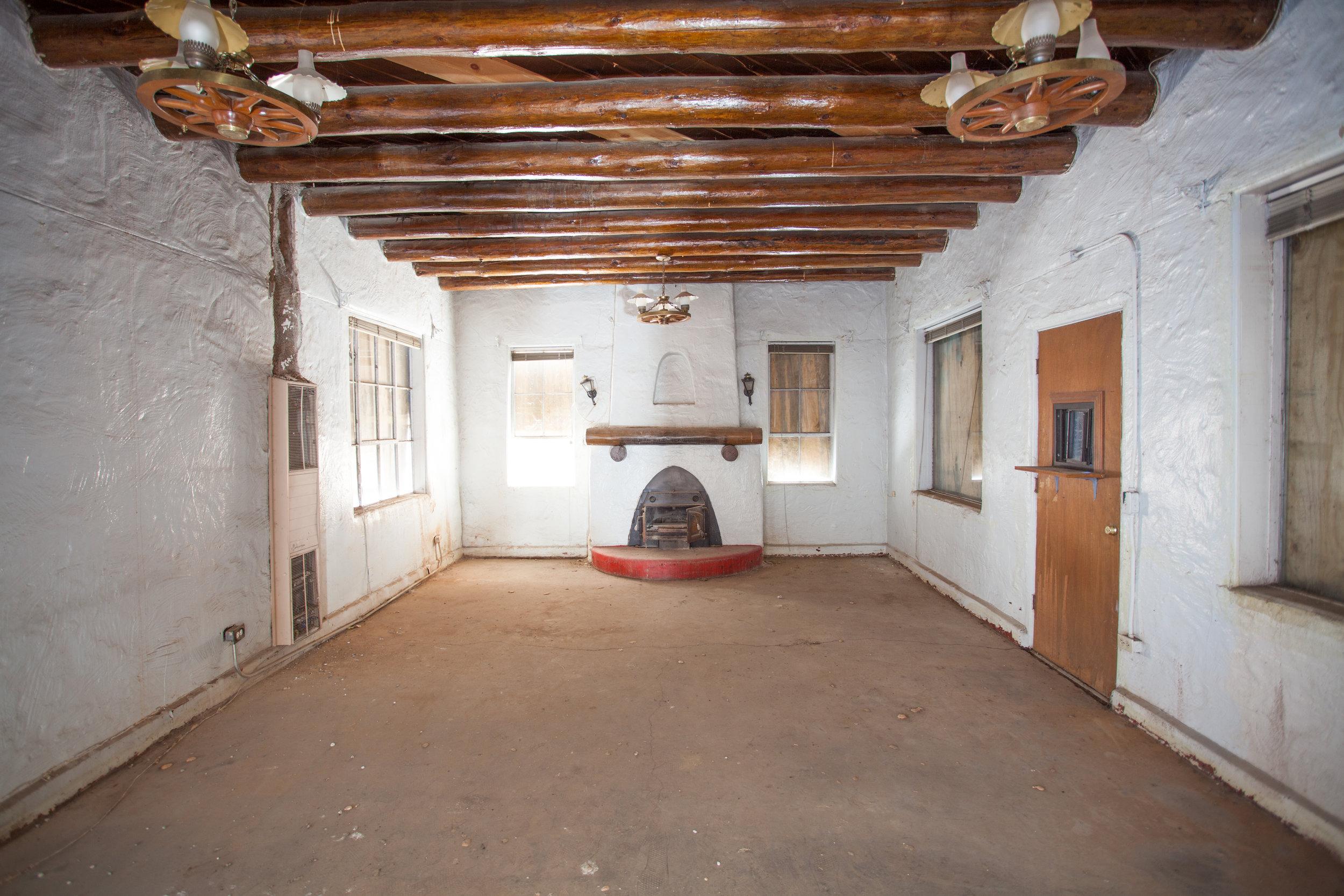 Hotel Kiva Fireplace Before Renovation