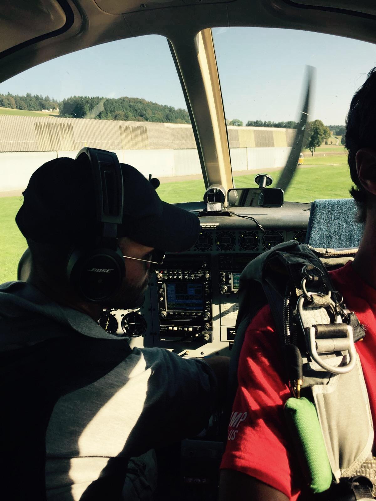 Team2016_Skydive (7).jpg