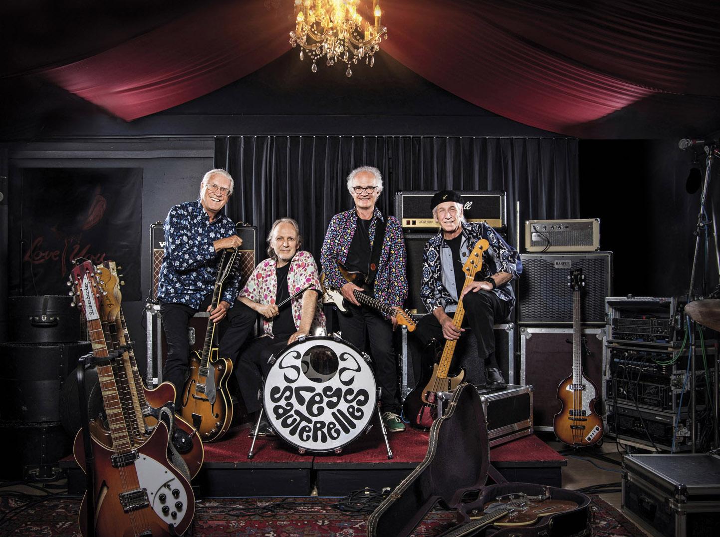 Les Sauterelles Band.jpg