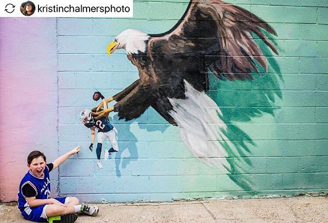#Repost- @kristinchalmersphoto. A big #BirdGang welcome to the 2019 draft selections! . . . . . . .  #philly #bellavista #southphilly #southstreetphilly #phillygram #phillysupportphilly #phillyart #phillyartist #phillylove #phillyigers #phillymade #phillyartists #discoverphl #whyilovephilly #visitphilly #igers_philly #explore215 #phillyphire #explorephilly #phillymurals #phl #cityofbrotherlylove #howphillyseesphilly #flyeaglesfly #bleedgreen #phillymural #MozelTovLev