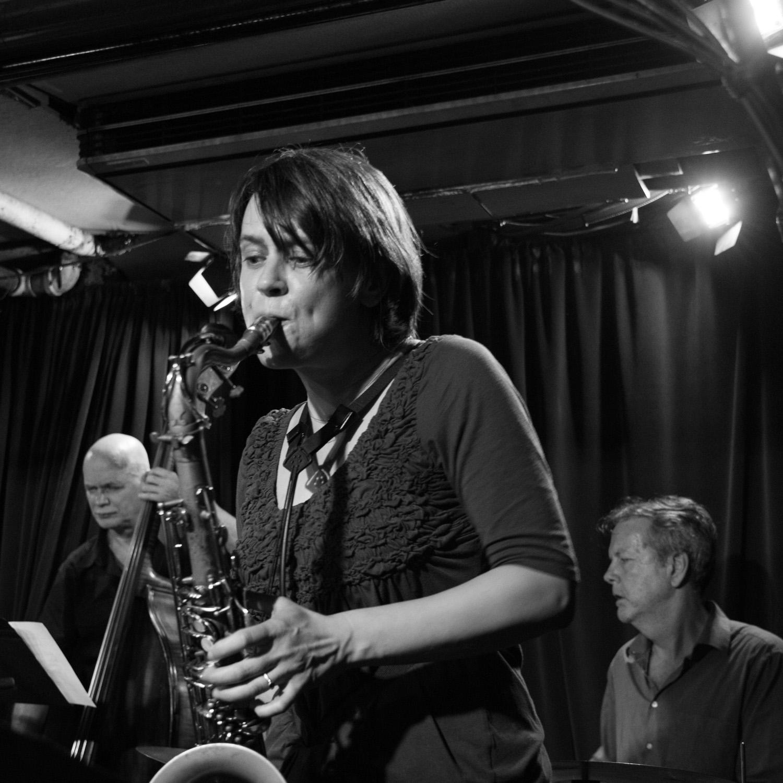 Mark Helias, Ingrid Laubrock, Tom Rainey, 2016