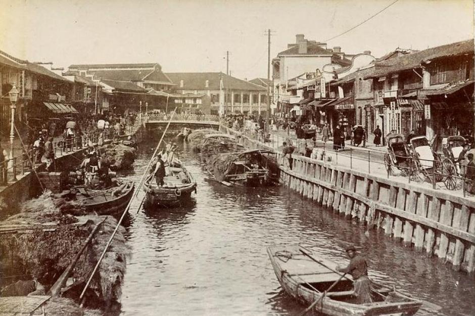 Historic Suzhou Creek, Bustling Trade Port Source:  Cultural-China.com